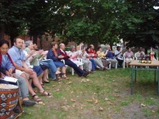 C mo organizar una fiesta en el jard n de nuestra casa for Como organizar mi jardin