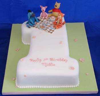 number-1-winnie-the-pooh-cake