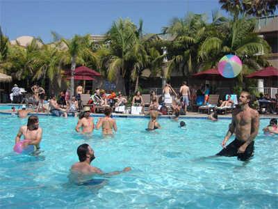C mo organizar una fiesta en la piscina fiesta101 - Fiesta de piscina ...