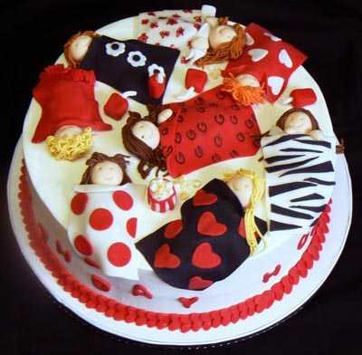 normal_Slumber_Party_Cake