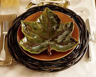 pottery-barn-harvest-leaf-plate