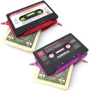 cassette-tape-retro-purse