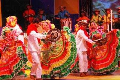 beber africano baile en Tarrasa