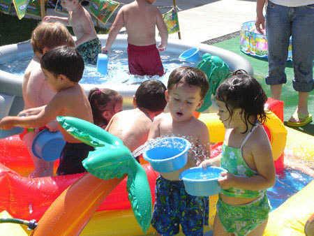 Fiesta de cumplea os en la piscina para ni os fiesta101 for Ideas para cumpleanos en piscina
