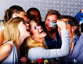 Celebra tu fiesta con un karaoke en casa fiesta101 - Karaoke en casa ...