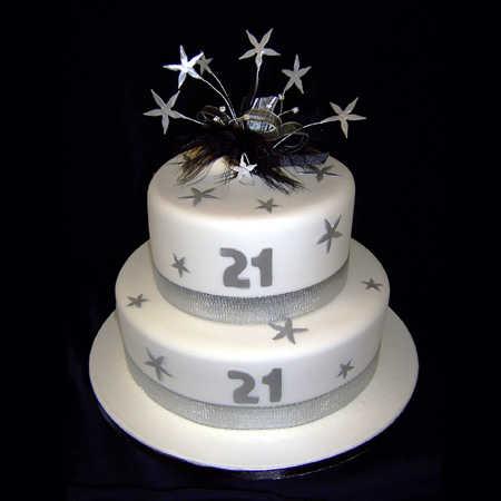 Torta de cumpleaños: historia, evolución y los más modernos ...