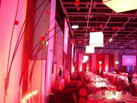 Decoraci n con telas para fiestas fiesta101 - Telas para paredes decoracion ...