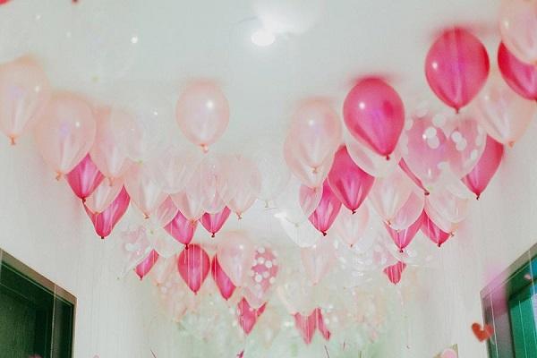 5 ideas de decoraci n para tu fiesta fiesta101 for Como hacer que los globos se queden en el techo