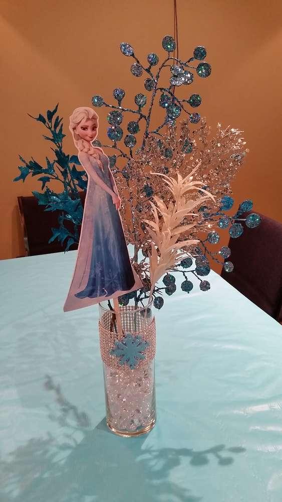 Decora la fiesta de tu peque a al estilo frozen fiesta101 for Centros de mesa de frozen